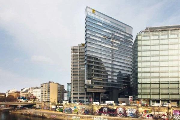 Takarékos banképület: energiahatékony magasház a Duna partján